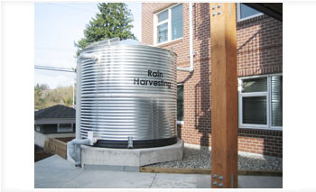 Custom rainwater harvesting systems at BARR Plastics
